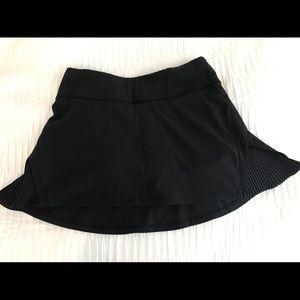 Lululemon women's black size 2 tennis skort